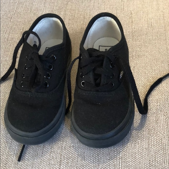 c203975908 Toddler Vans in all black. M 5c0c4abb34a4ef95ab6fbc40